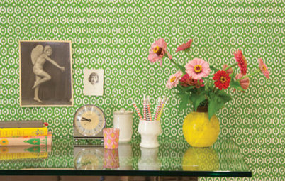 Guest Picks: 20 Beautiful Wallpapers to Elevate Your Room