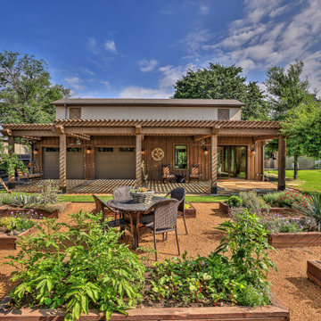 """""""Rustic-Luxe"""" Guest House - Barn Renovation"""