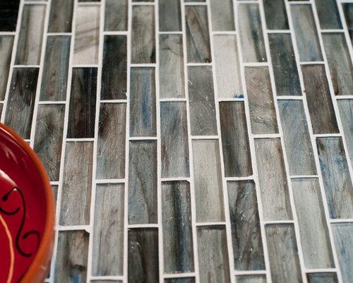 Glass 1 x 4 Mosaic - Tile