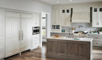 Wood Island Open Kitchen