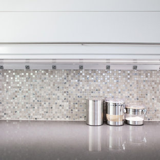 Undercabinet Outlet Strips Houzz