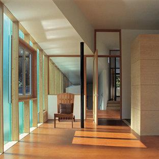 Home design - contemporary home design idea in Seattle