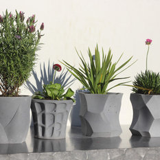 - Landscape supplies - Outdoor Pots and Planters