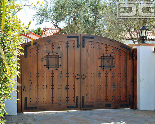 Dynamic Garage Door - A Laguna Beach Spanish Style Driveway Gate in ECO-Friendly Composite : spanish doors - Pezcame.Com