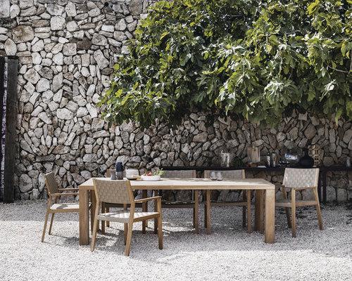 Stylish Outdoor Entertaining Ideas : Outdoor Dining and Outdoor Seating - Outdoor Dining Tables
