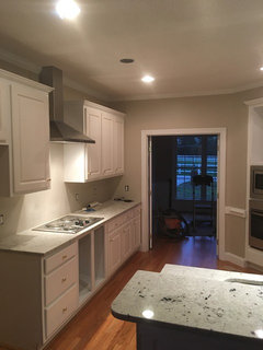 height above gas range should the vent hood be?