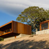 Houzz Tour: Customized Prefabs Nestled in a California Hillside