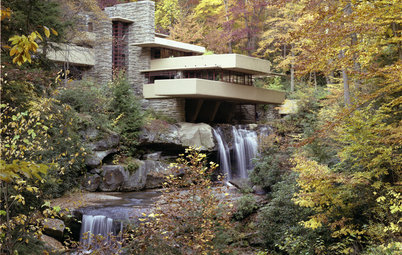 Must-Know Modern Homes: Frank Lloyd Wright's Fallingwater