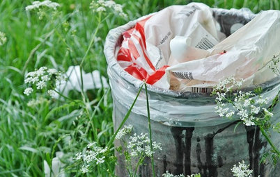 A Bad Wrap: How to Embrace Plastic Bag-Free Shopping