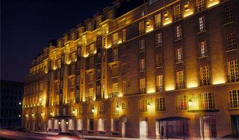 Eclairage Facade le Bristol à Paris