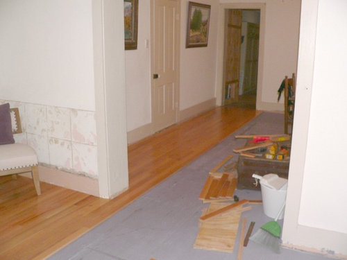 Laying Hardwood Floor Around Divider Walls With Unsquare Rooms