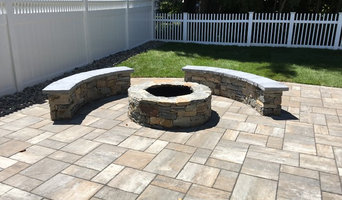 Paver Patio & Stone Fire Pit