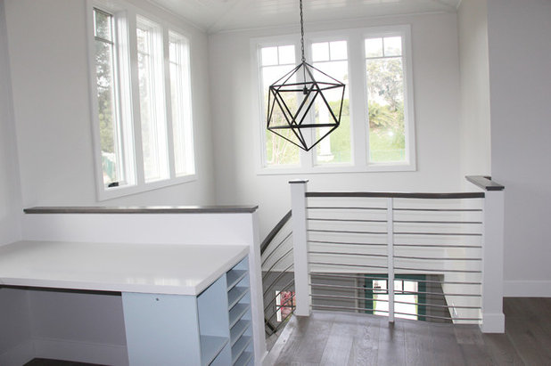 Beach Style  by Lux Builders & Remodeling Inc.