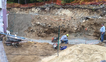 Field Stone Retaining Wall & FlagPole - Winchester Ma