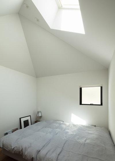 コンテンポラリー  by 山本嘉寛建築設計事務所  YYAA