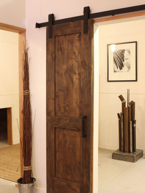Houzz industrial barn door design ideas remodel pictures for Narrow barn door