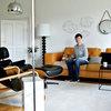 Houzzbesuch: Eine helle Künstlerinnen-Wohnung, voller Design-Ikonen