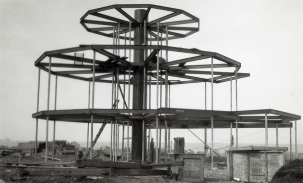 House of Tomorrow Construction