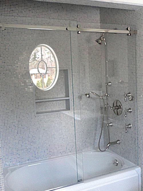 Lucente Sliding Door by Oasis - Shower Doors