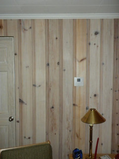 Whitewashing 1950s Varnished Knotty Pine
