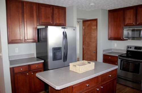 Quartz Countertop Color To Pair With Cherry Ish Cabinets