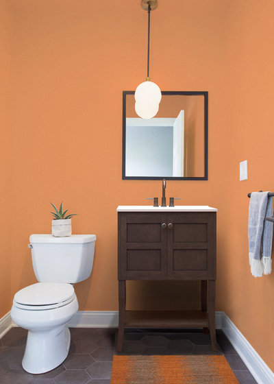 See How Swapping Out Just 3 Things Changes This Bathroom
