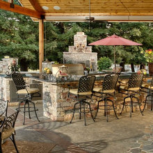 Best Outdoor Features For Seasonal Celebrations