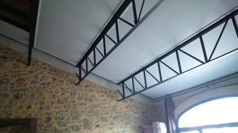 Intégration rectangle mat sur plafond métal