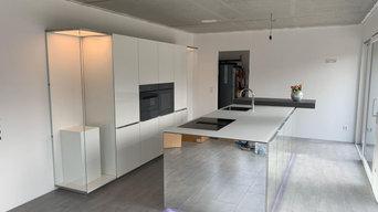 Nolte Design-Küche mit Spiegelfront + Quooker