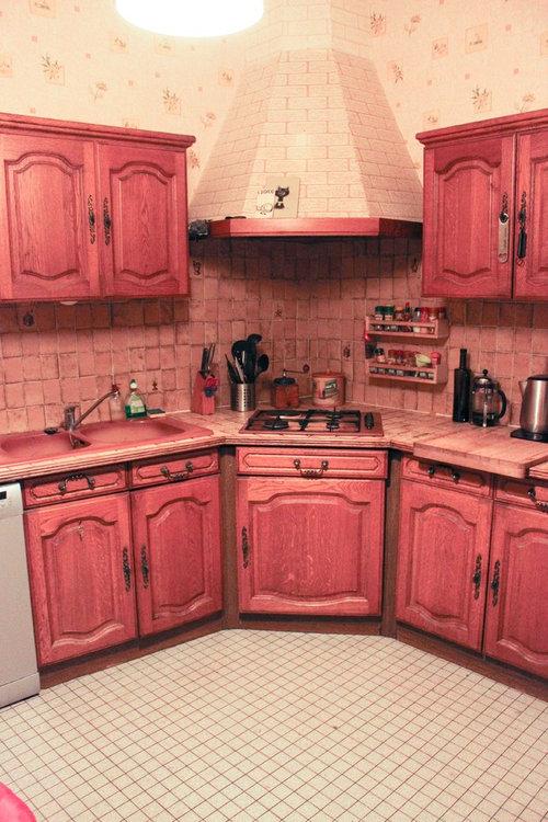 Moderniser une vieille cuisine sans repeindre les meubles en bois - Repeindre des meubles de cuisine en bois ...