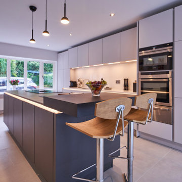 Clare & Steve's, Contemporary Cottage