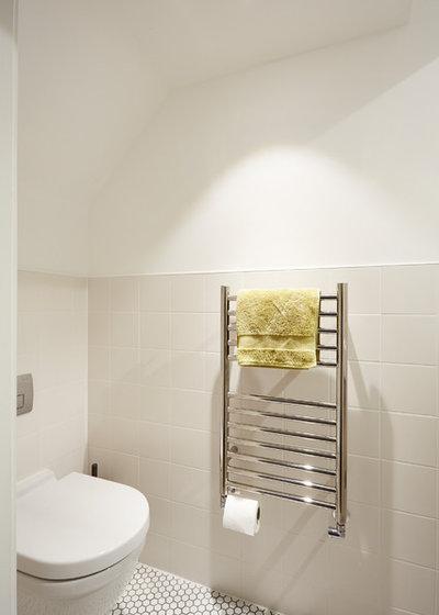 Contemporary Bathroom by ARCHEA Ltd