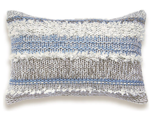 Modern Knitted Pillow : Knitted & Crocheted Pillow Covers