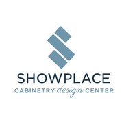 Foto de Showplace Cabinetry Design Center