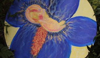 Foetus flower: Iris germanica