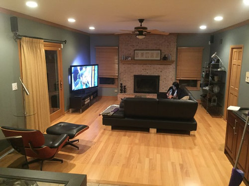 What Color Rug For Black Couch Grey Walls