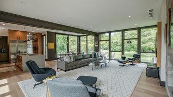 West Bend Modern Home