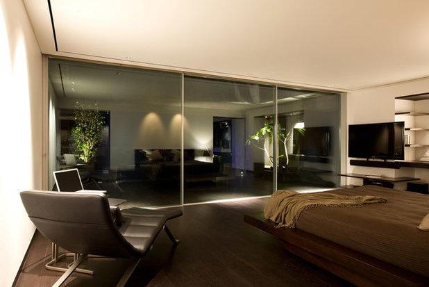 Modern Bedroom by Abraham John ARCHITECTS