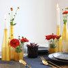 Easy DIY: Alte Glasflaschen lackieren, für günstige Tischdeko in Gold