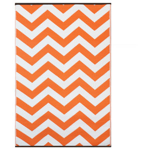 Psychedelia Indoor/Outdoor Rug, Orange and White, 150x240 cm