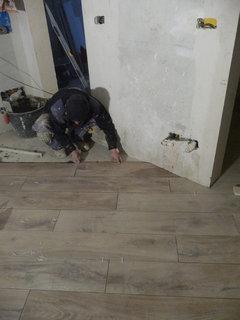 Consiglio tipo posa pavimentazione - Posa piastrelle diagonale ...
