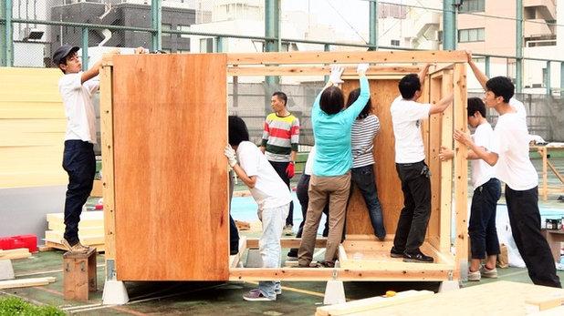 ワークショップ2日目 フレーム完成 壁の固定