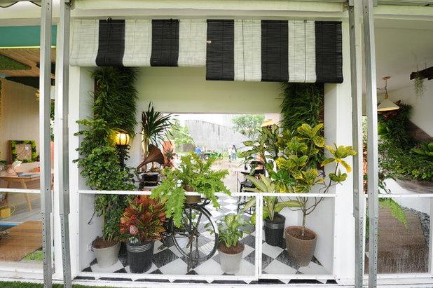 5 Bountiful Balcony Ideas from the Singapore Garden