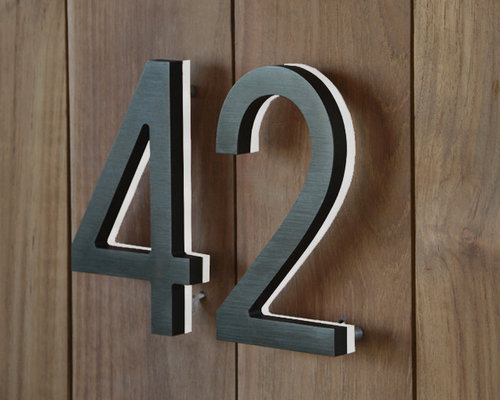 Lighted Modern House Numbers   House Numbers