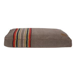 Medium Pet Bed Yakima Umber 36 x 27 x 4, Umber, 36
