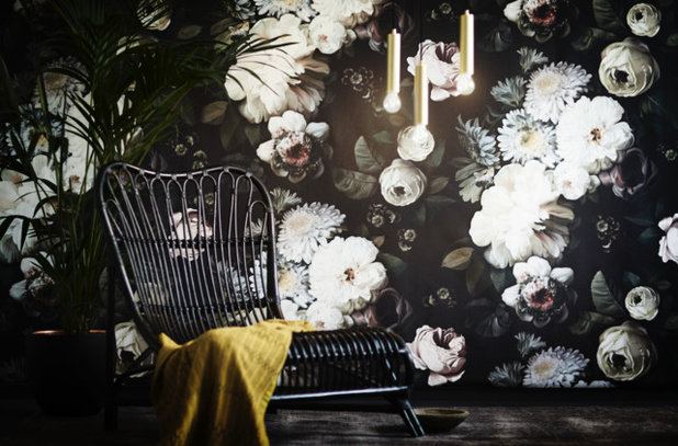 Spotted! Blooming Huge Floral Wallpapers