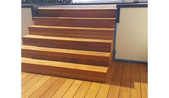 Garapa rooftop deck