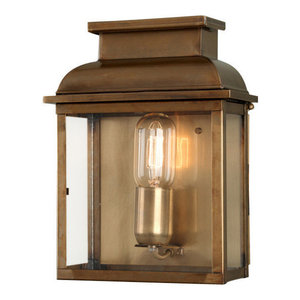 Antique Brass Wall Lantern Brass - 1 x 100W E27