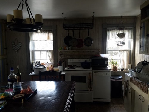 Kitchen Layout With An Awkward Corner Window