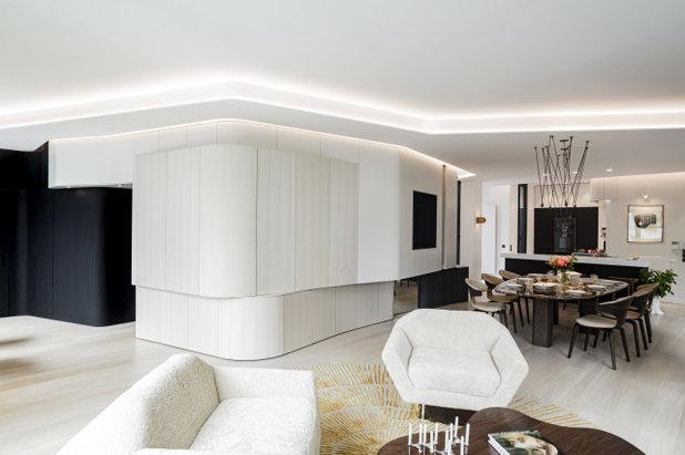 Модернизм Семейная комната by Agence Demont Reynaud /PPil